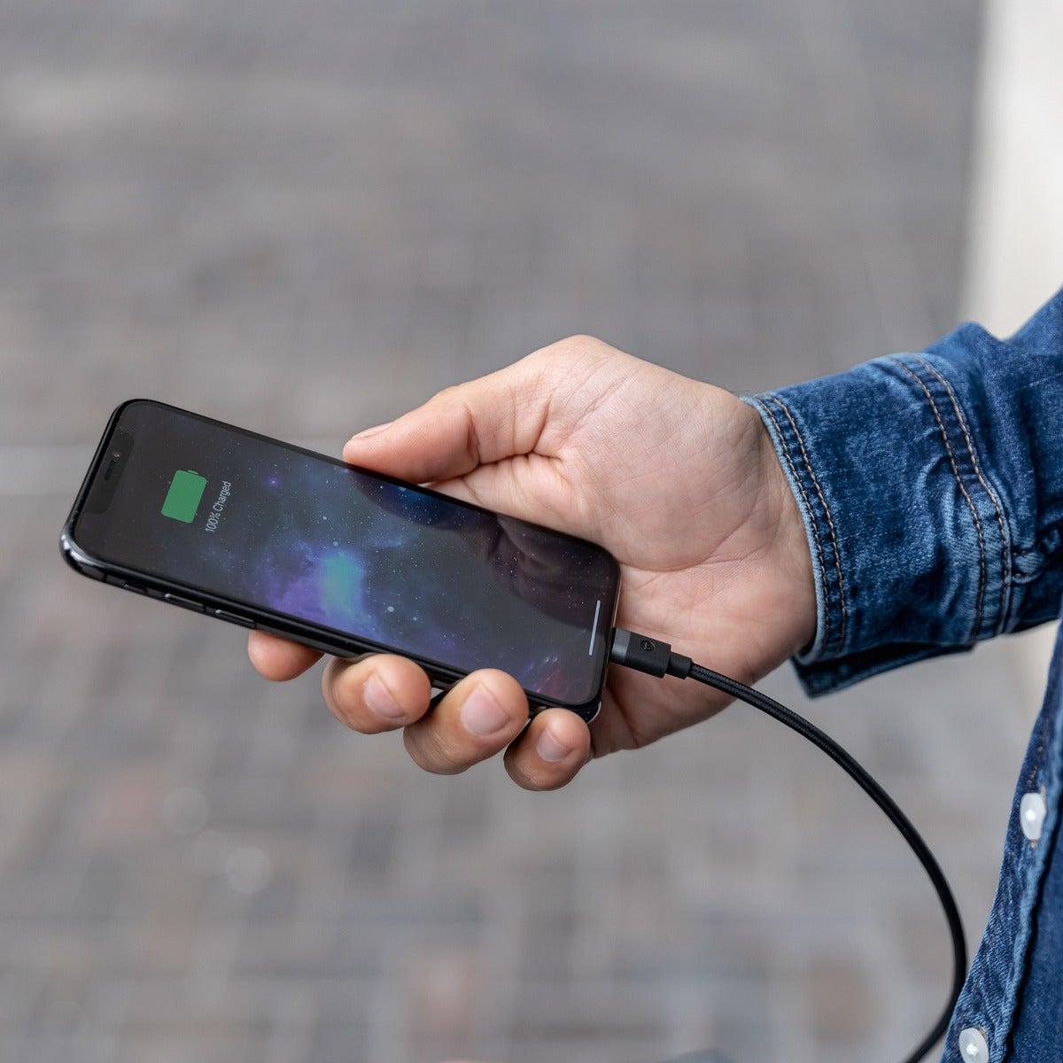 کابل شارژ سریع USB-C به لایتنینگ موفی